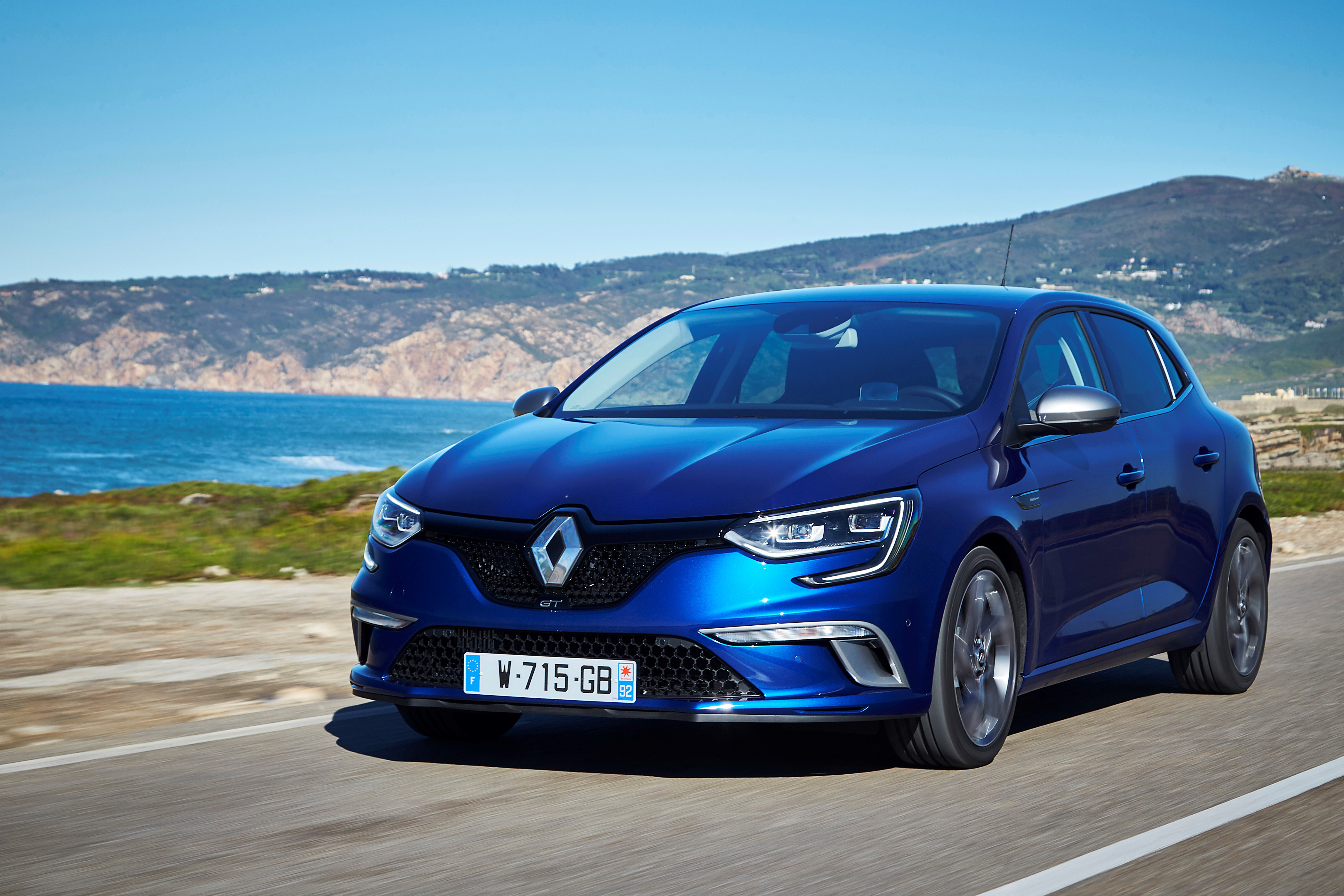 c605543b2b4 The Motoring World  All-New Renault Mégane will be available to test ...