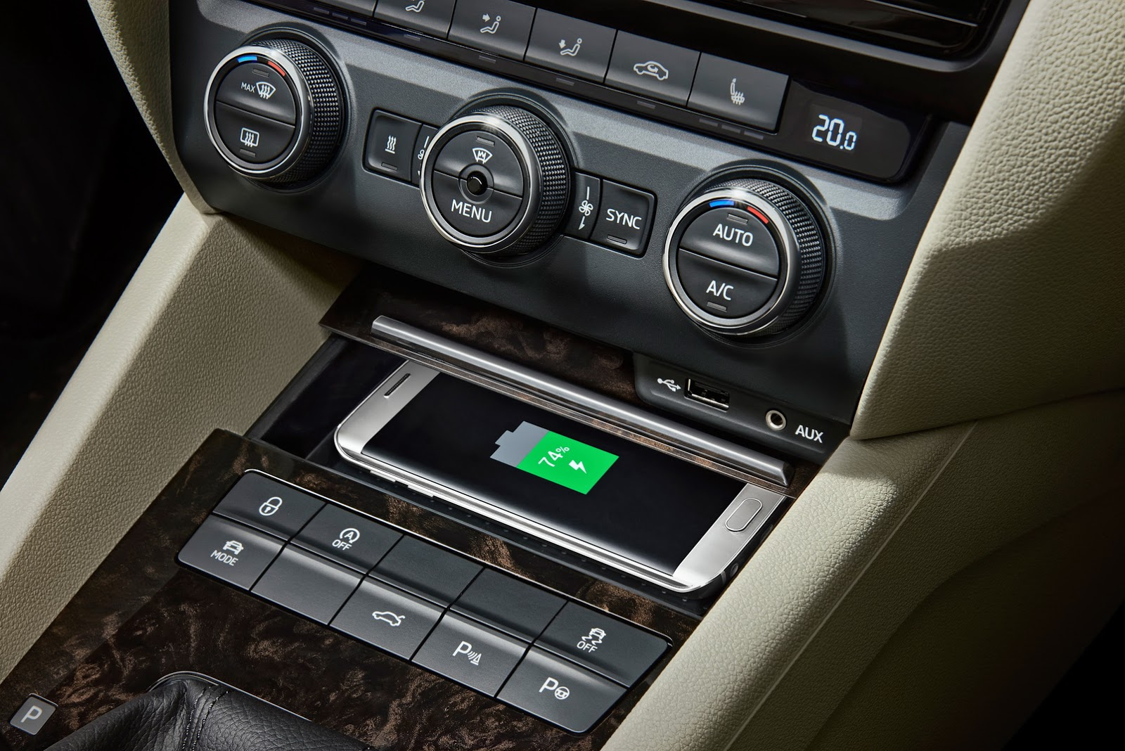 2016 Skoda Octavia And Superb Get Wireless Phone Charging Autoevolution