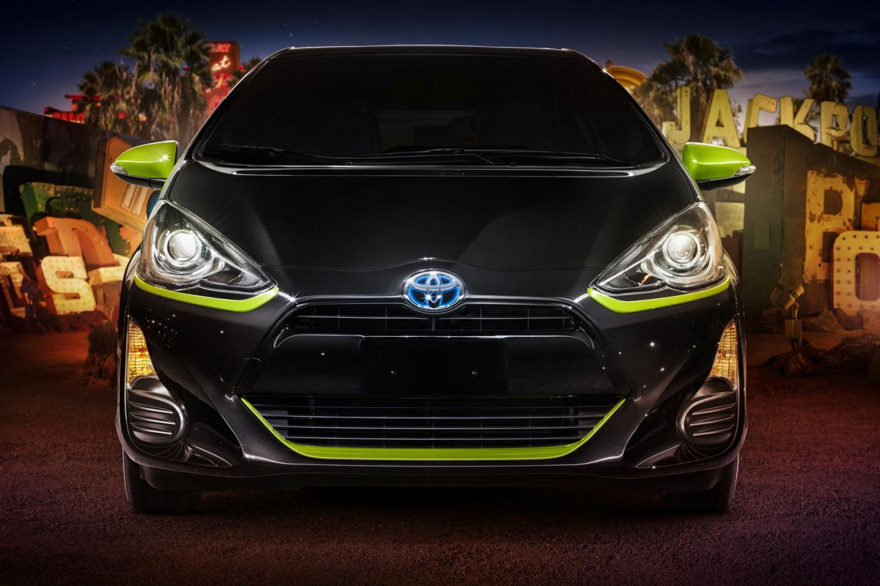 2016 toyota prius c gains persona series special edition autoevolution. Black Bedroom Furniture Sets. Home Design Ideas