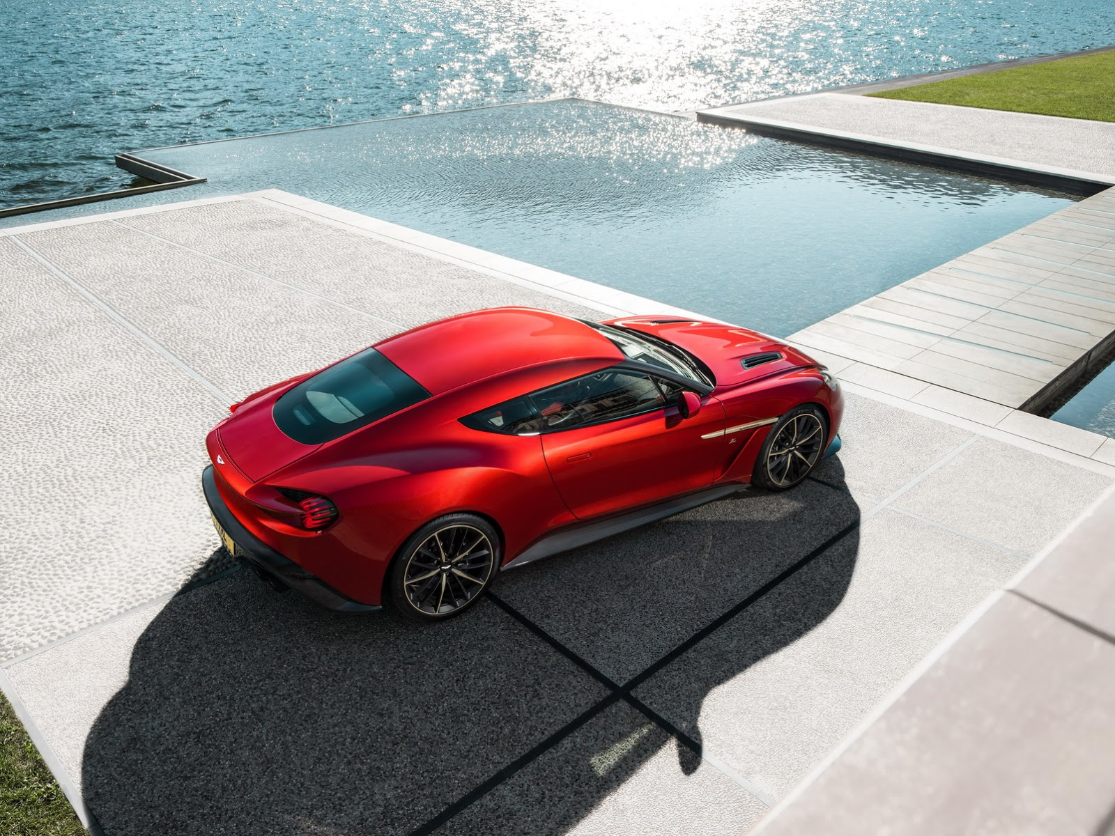 2017 Aston Martin Vanquish Zagato Gets The Green Light For Limited Production Autoevolution