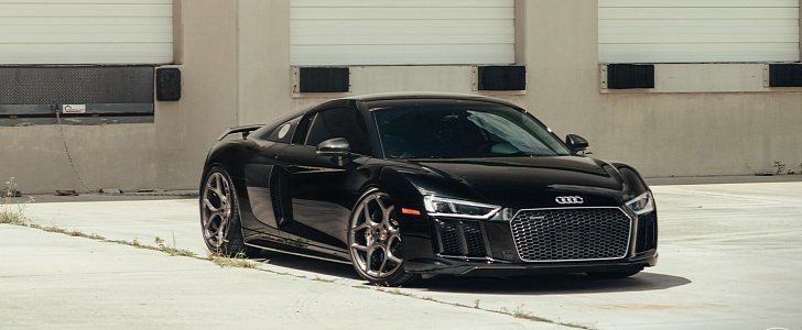 2017 Audi R8 V10 Plus Tries On Vossen Forged Wheels Autoevolution