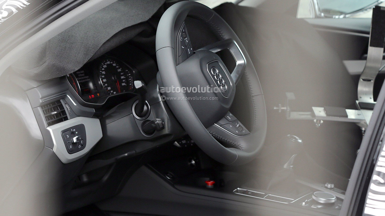 The Audi A4 Will Soon Offer a Six-Speed Manual Transmission