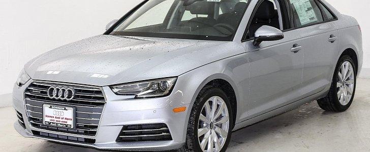 Audi A With Standard Xenon Headlights Looks Boring Autoevolution - 2007 audi a4 headlights