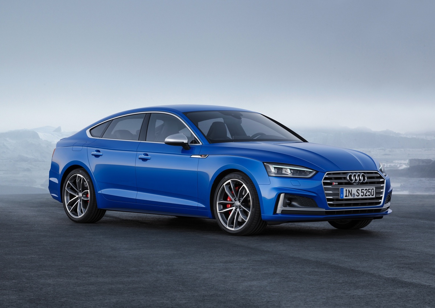 2017 audi a5 sportback debuts alongside g tron s5 sportback autoevolution. Black Bedroom Furniture Sets. Home Design Ideas