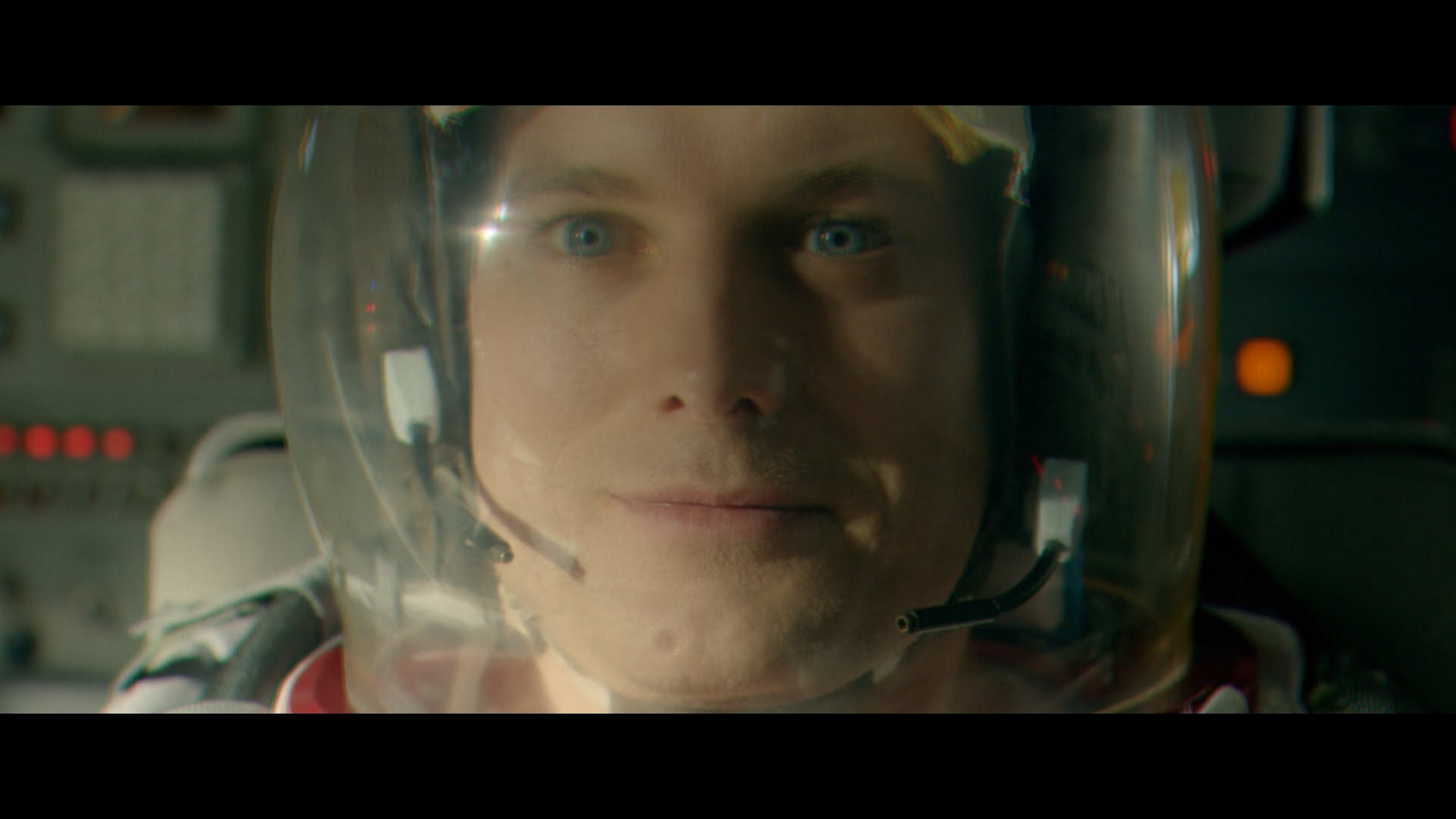 Audi R Reaches For The Moon To David Bowies Starman In Super - Audi r8 commercial