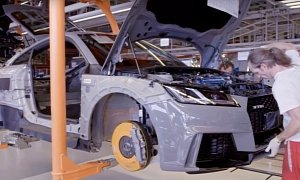 2017 Audi TT RS Production Videos Go Behind the Scenes, Detail  2.5 TFSI
