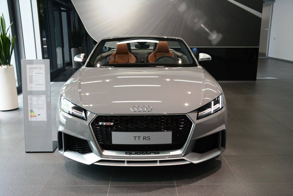 2017 Audi TT RS Roadster Shows Nardo Gray Paint at Audi