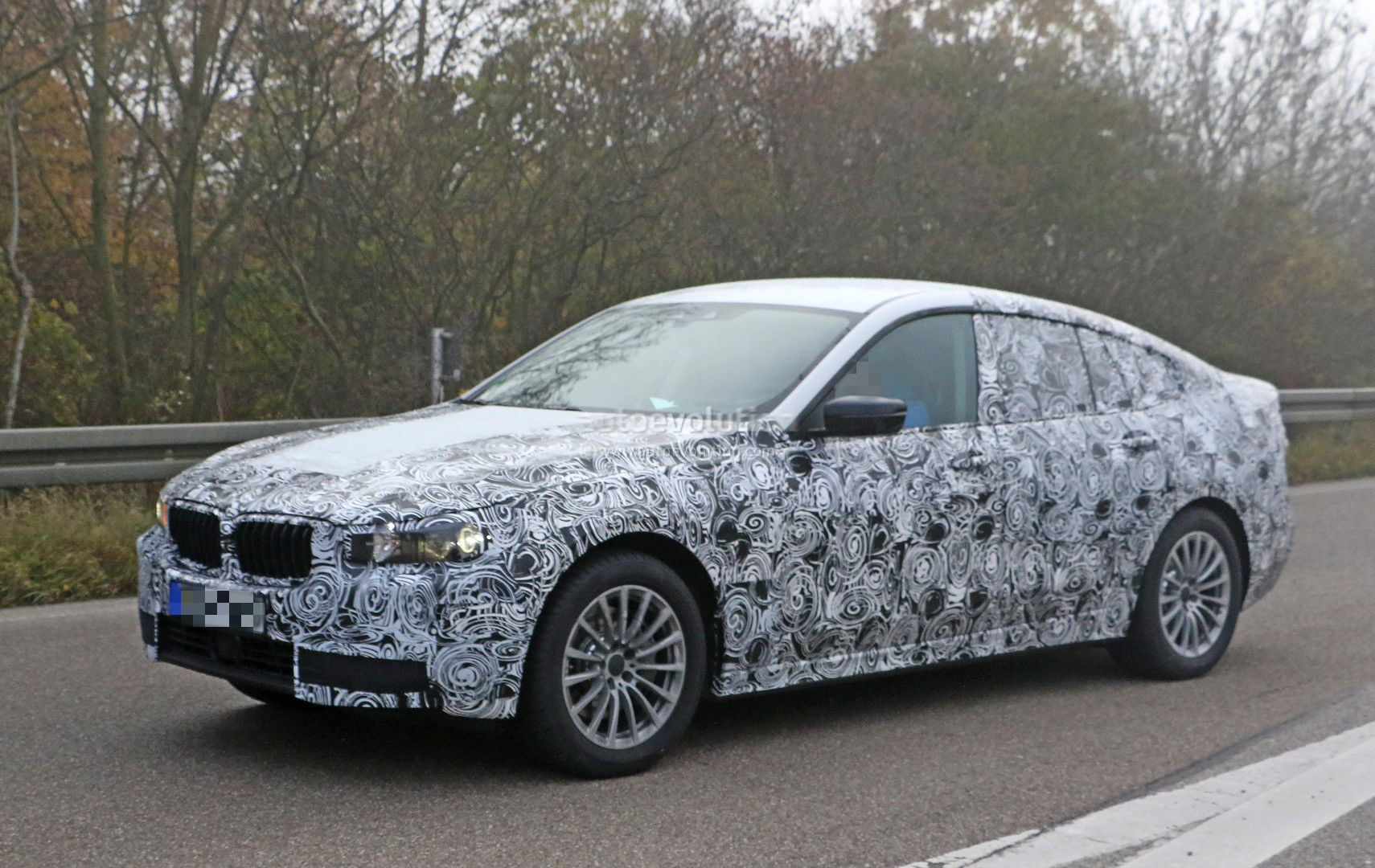 2017 bmw 5 series gt spied up close for the first time autoevolution. Black Bedroom Furniture Sets. Home Design Ideas