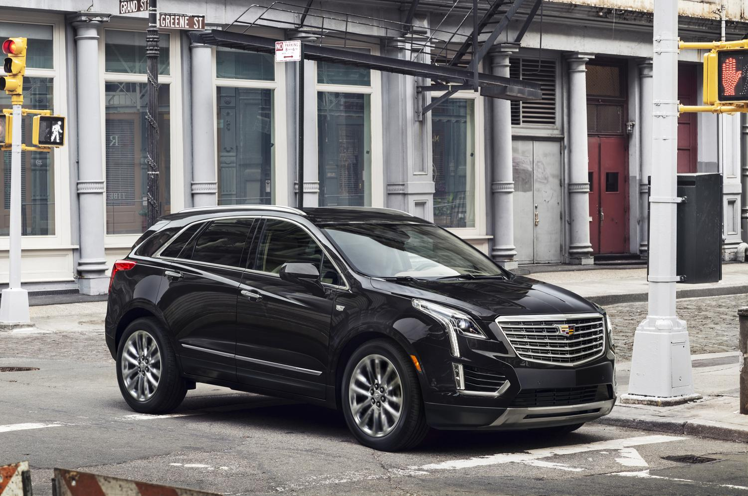 2017 Cadillac Xt5 Crossover Priced At 39 990 In The Us Arrives In