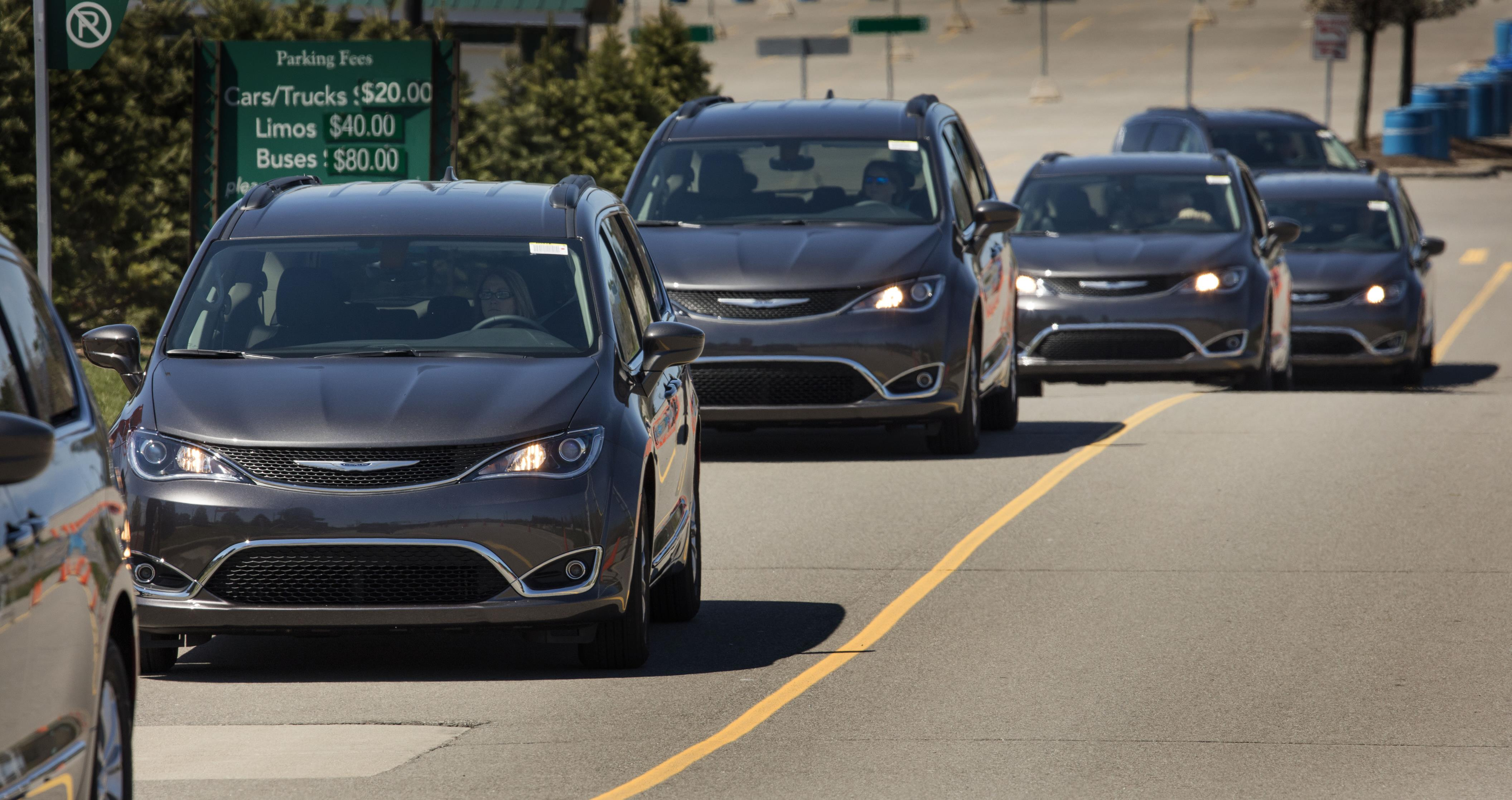 2017 Chrysler Pacifica Is En Route to a Dealership Near You