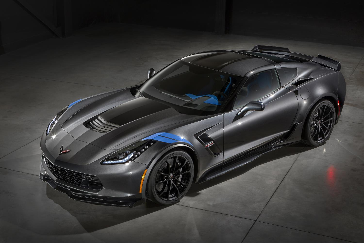 Chevy Unveils 2017 Corvette Grand Sport Starting Price