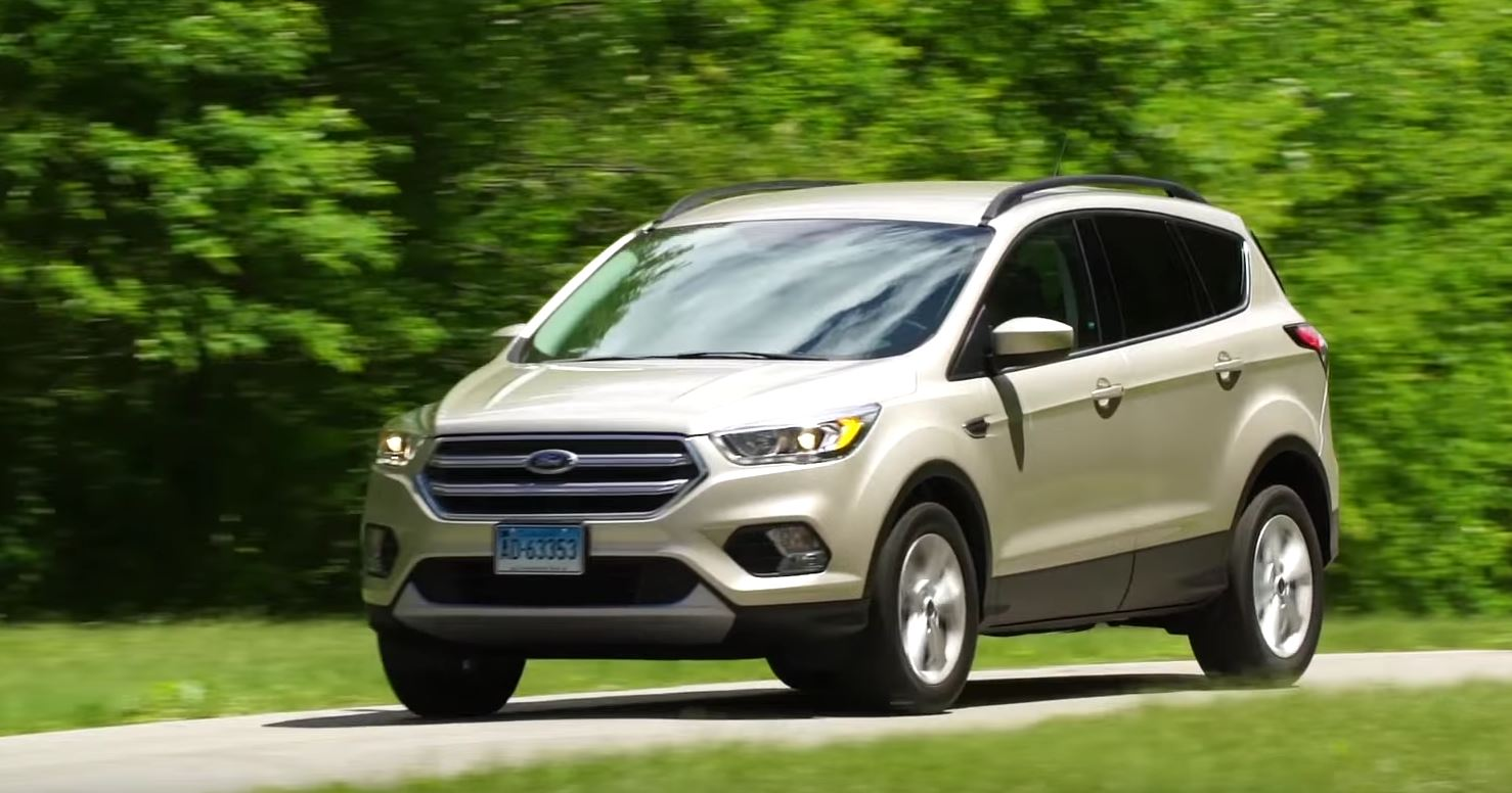 2017 ford escape is sporty but expensive says consumer reports autoevolution. Black Bedroom Furniture Sets. Home Design Ideas