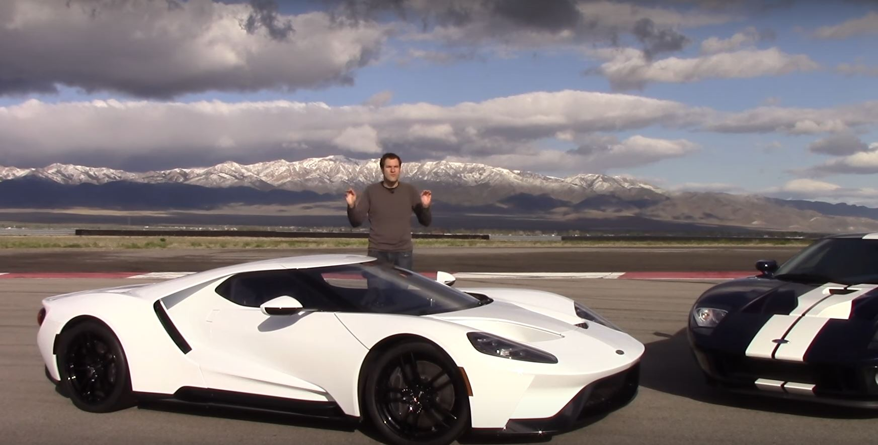 Ford Gt Vs  Ford Gt Is An American Supercar Evolution Comparison