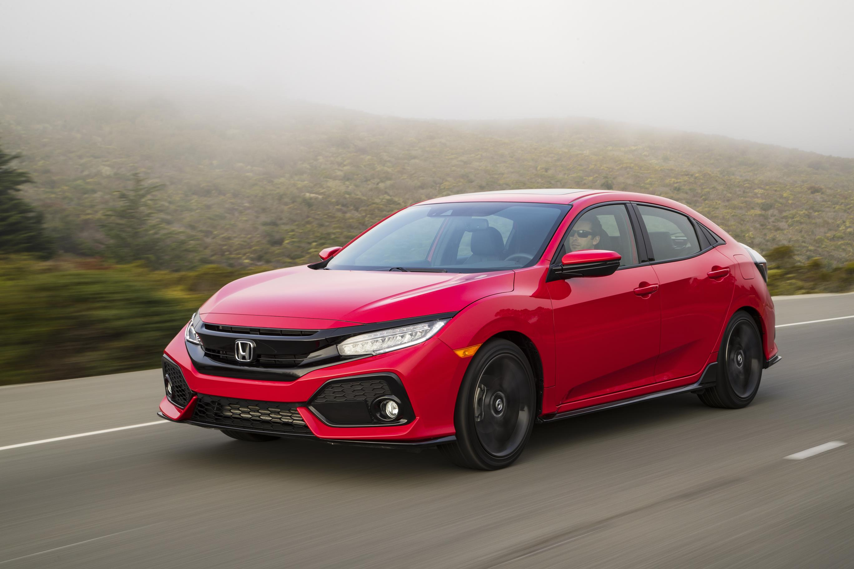 civic honda hatchback arrives revealed pricing specs america autoevolution
