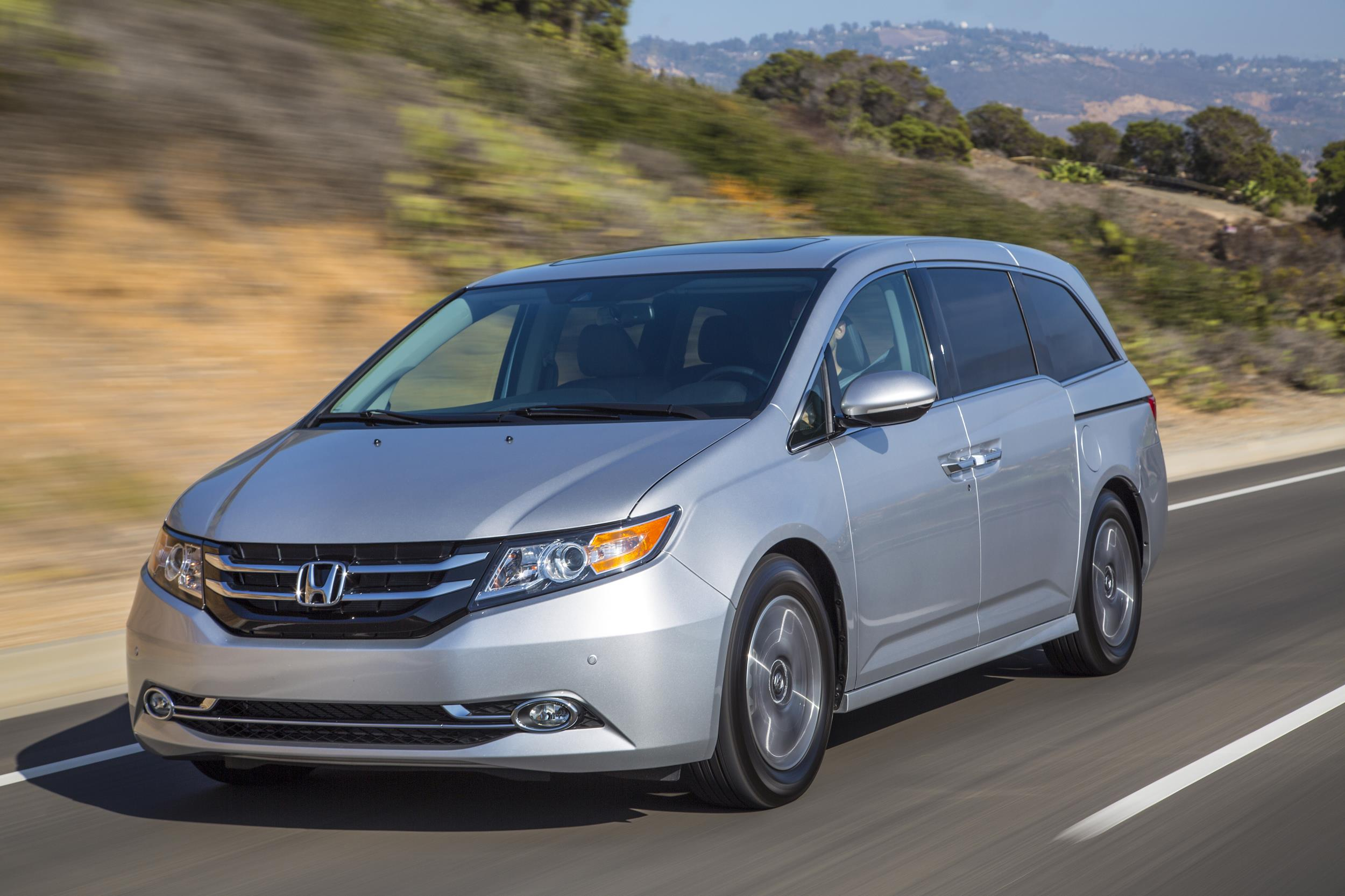 2017 Honda Odyssey >> 2017 Honda Odyssey Priced From 29 850 New Generation Incoming For