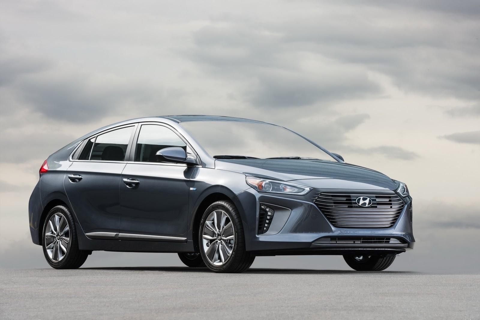 40 Photos 2017 Hyundai Ioniq