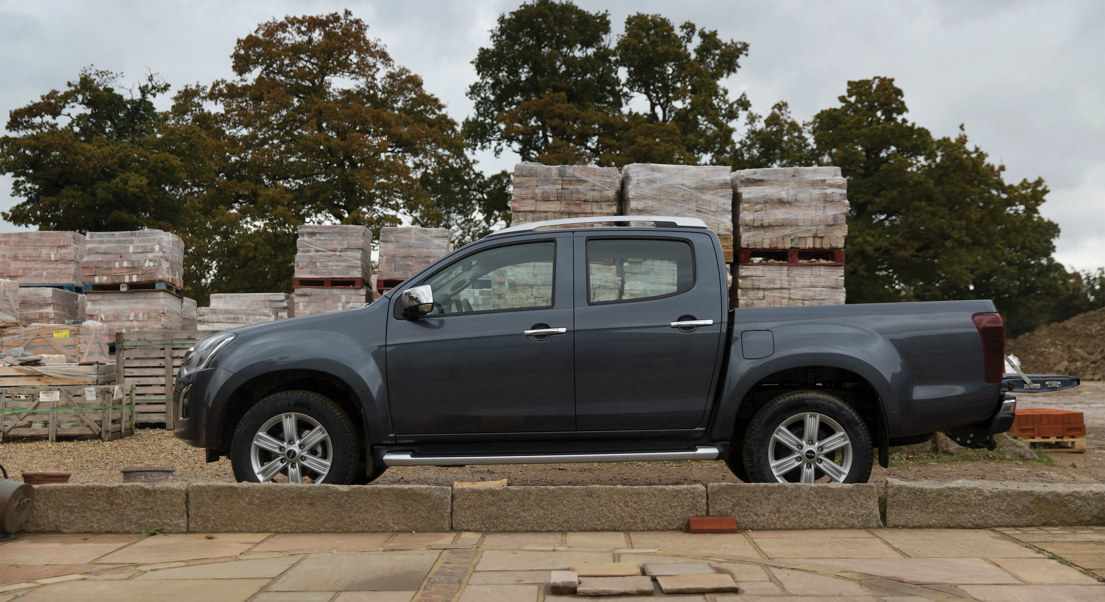 2017 Isuzu D-Max Price Announced For The UK: GBP 15,749 - autoevolution