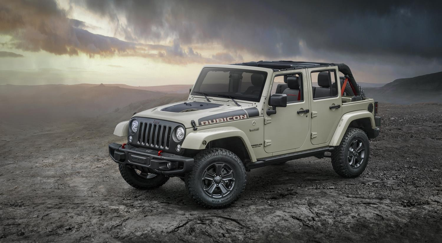 2017 jeep wrangler rubicon recon isn t afraid to play in the mud autoevolution. Black Bedroom Furniture Sets. Home Design Ideas