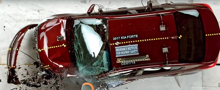 2017 kia forte gets iihs top safety pick plus thanks to safety updates. Black Bedroom Furniture Sets. Home Design Ideas