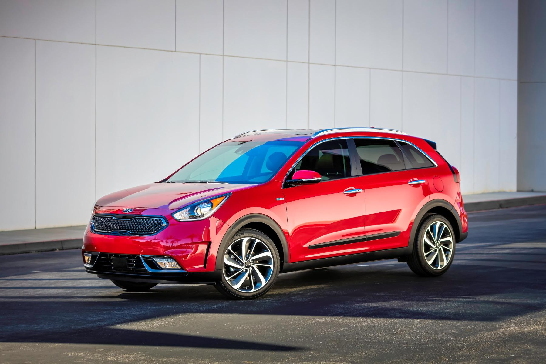 25 Photos 2017 Kia Niro Hybrid