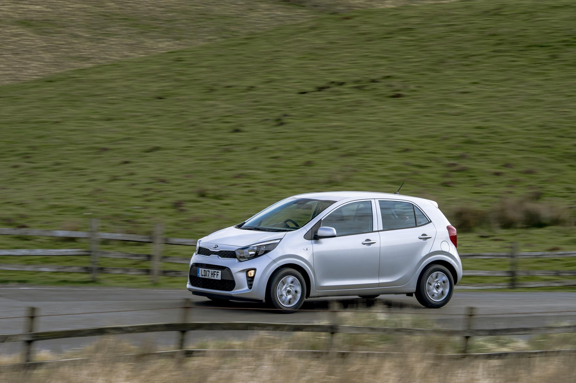 2017 kia picanto now available in the uk from gbp 9,450 - autoevolution