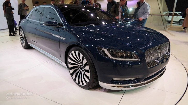 2017 lincoln continental looks ready to take on the. Black Bedroom Furniture Sets. Home Design Ideas