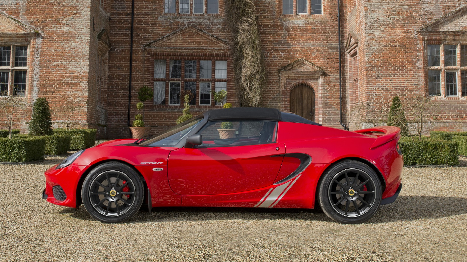 https://s1.cdn.autoevolution.com/images/news/2017-lotus-elise-sprint-proves-that-less-is-actually-more-116243_1.jpg