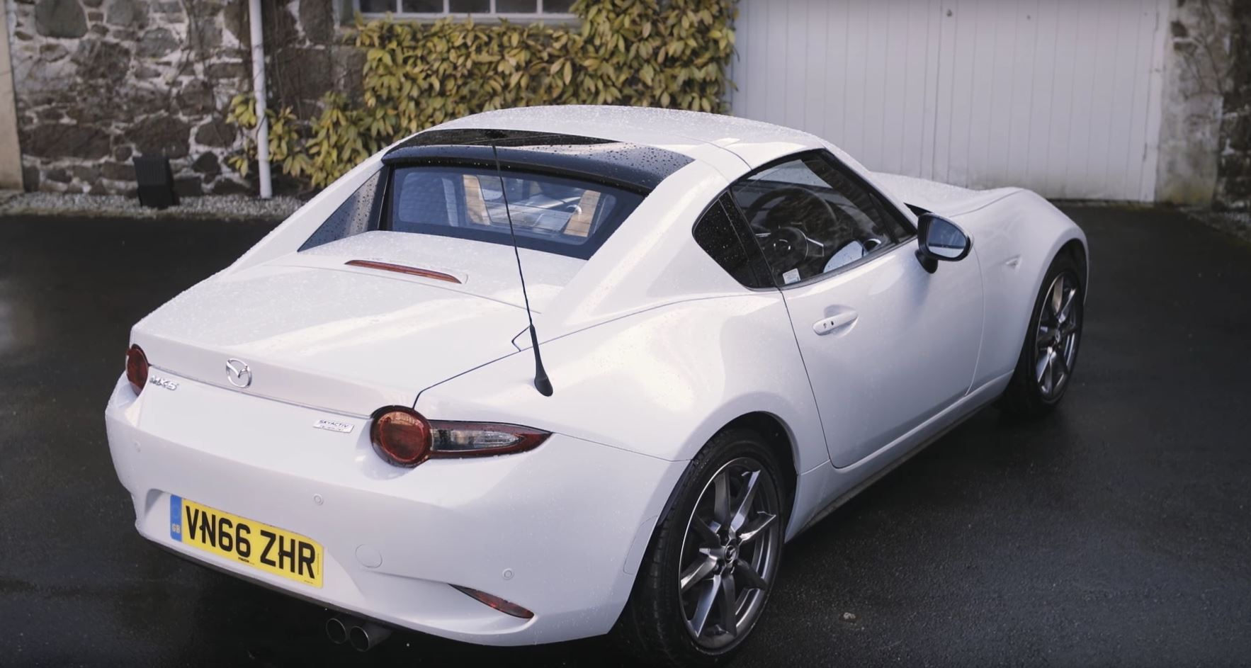 2017 mazda mx-5 rf reviewcarfection gives you reasons to stare