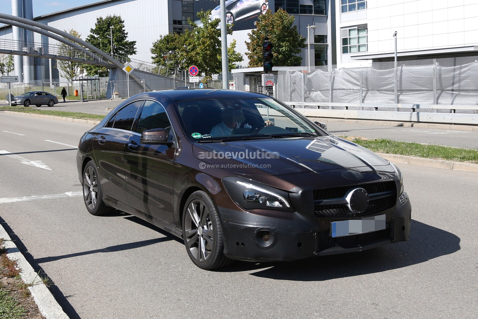 2017 mercedes benz cla class facelift spied with minimal for Mercedes benz cla coupe 2017