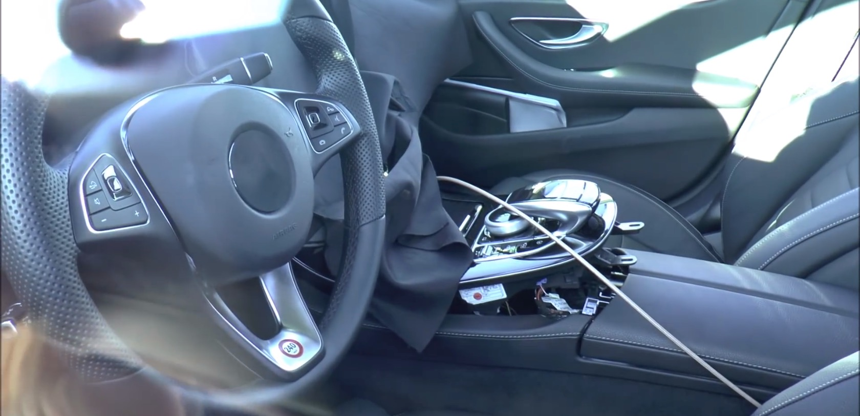 2017 Mercedes Benz E Class Prototype Interior Filmed In Great Detail Autoevolution