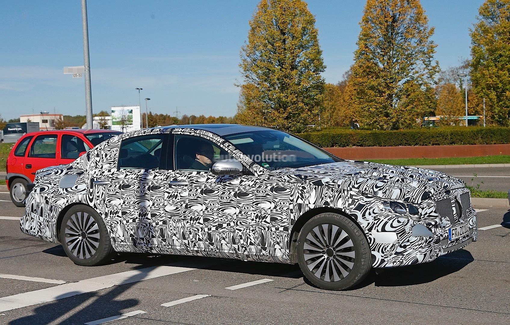 Bmw models history autoevolution automotive news html for Mercedes benz model history