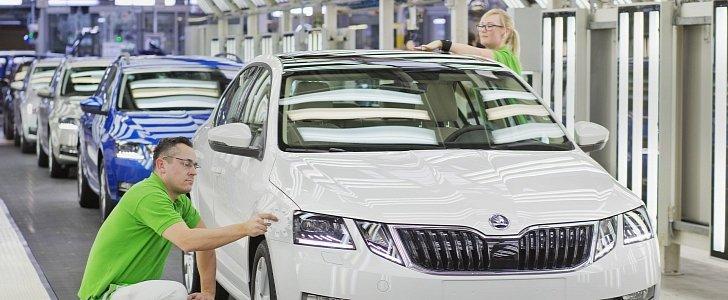 2017 Skoda Octavia Production Starts In Czech Republic