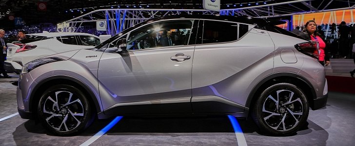 2017 Toyota C-HR Arrives In Paris In Production-Ready Form