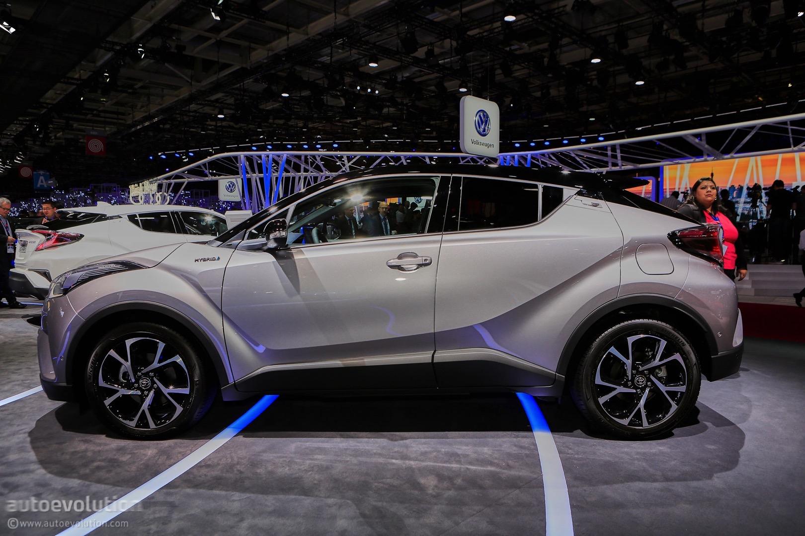 15 Photos 2017 Toyota C Hr European Model