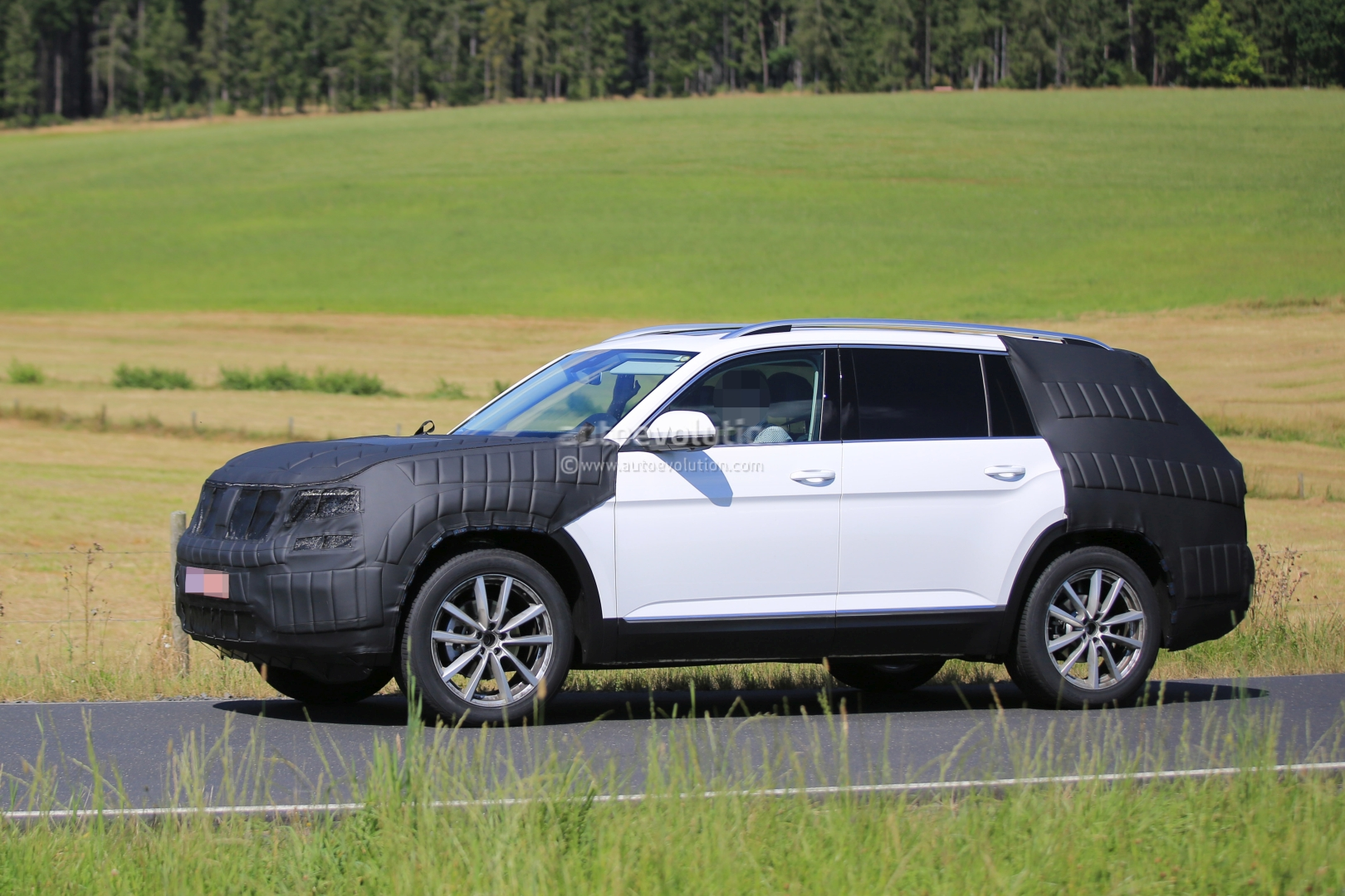 7 Seater Suv 2017 >> 2017 Volkswagen 7 Seater Us Market Suv Spied Testing Its Extended
