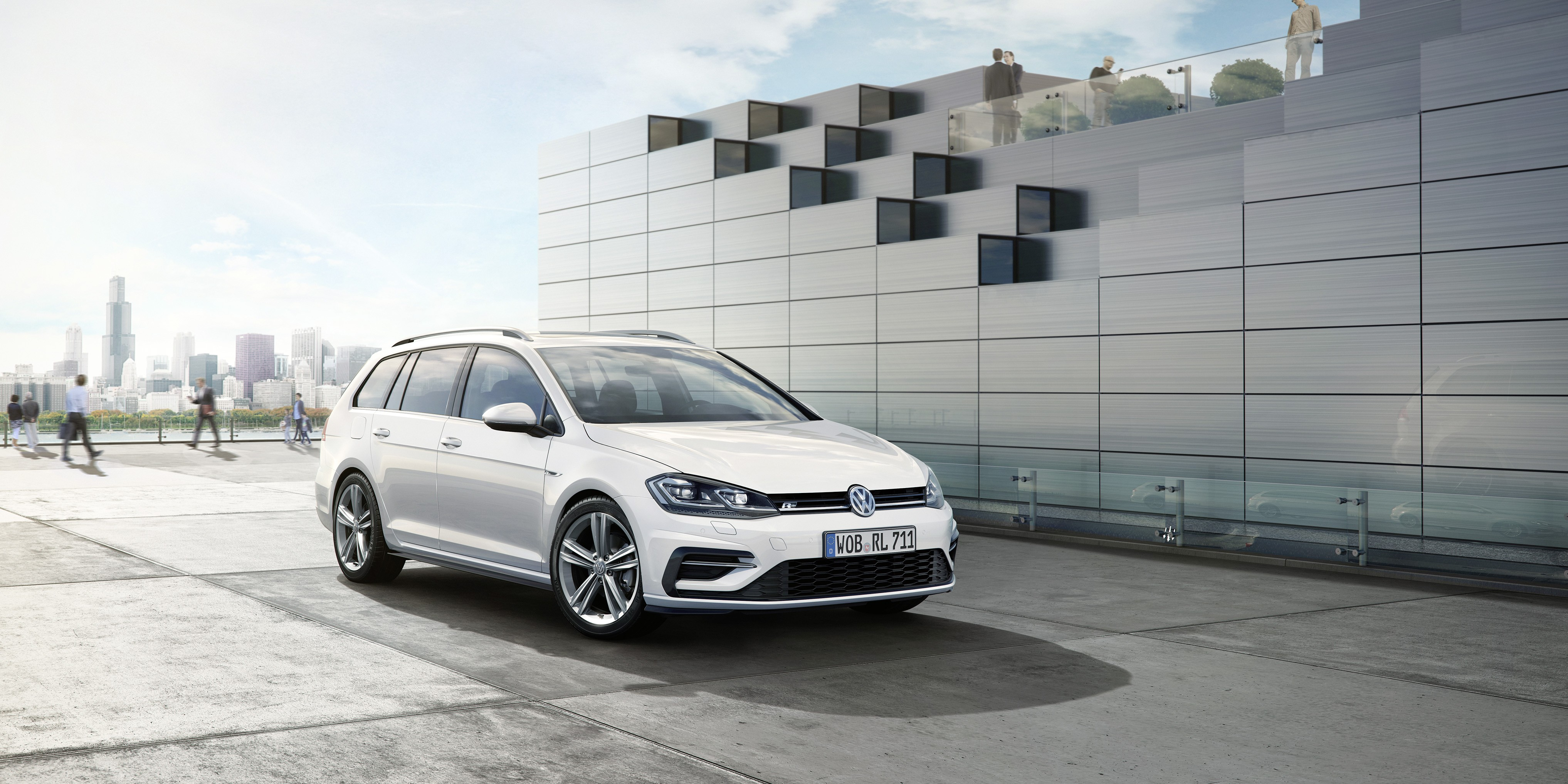 2017 Volkswagen Golf Facelift Gets R Line Kit For Hatch And Variant