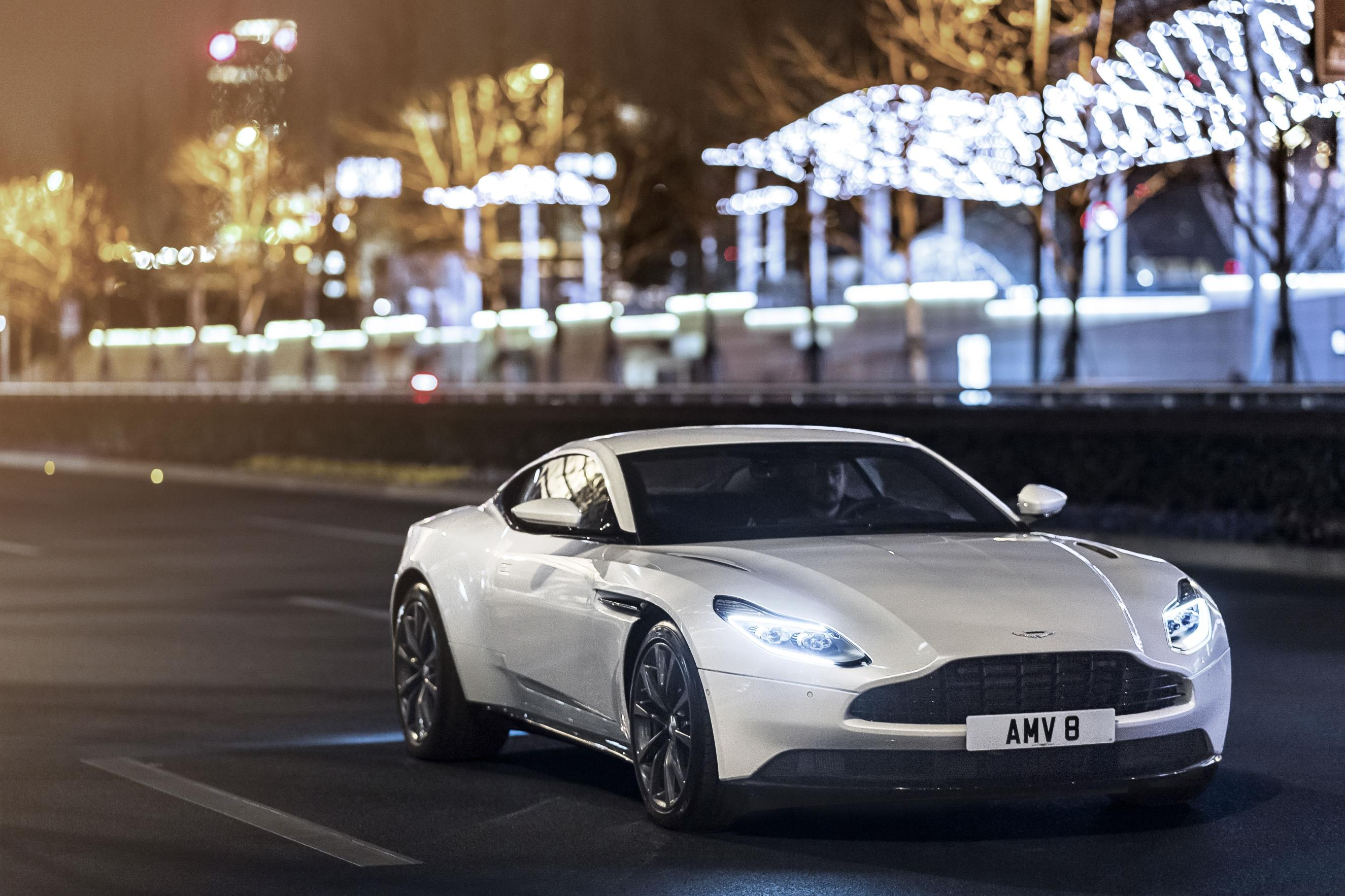 2018 aston martin db11 gains 4.0l twin-turbo v8 engine from mercedes