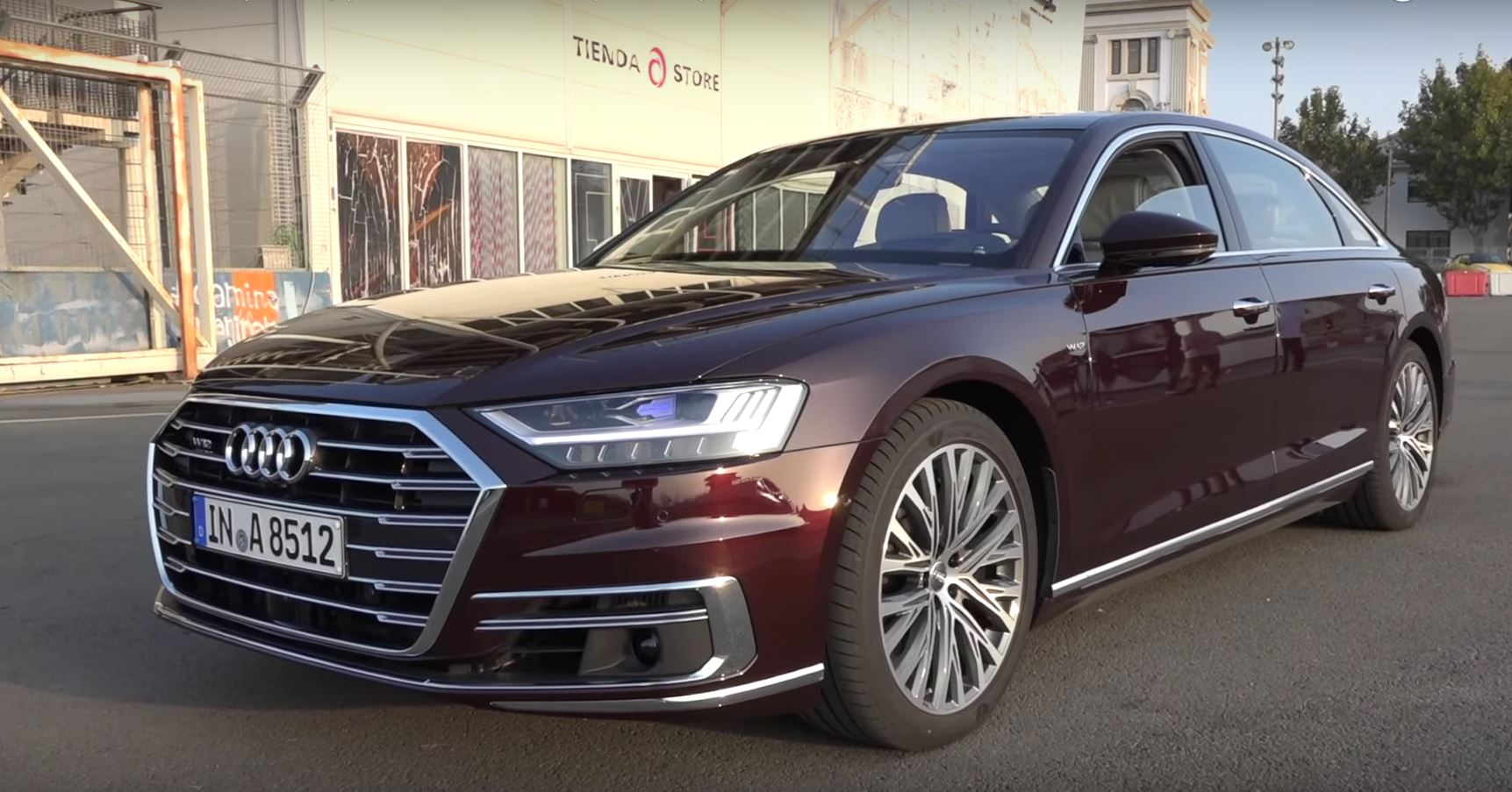 2018 audi a8 w12 has 585 hp but it doesn 39 t sound good autoevolution. Black Bedroom Furniture Sets. Home Design Ideas