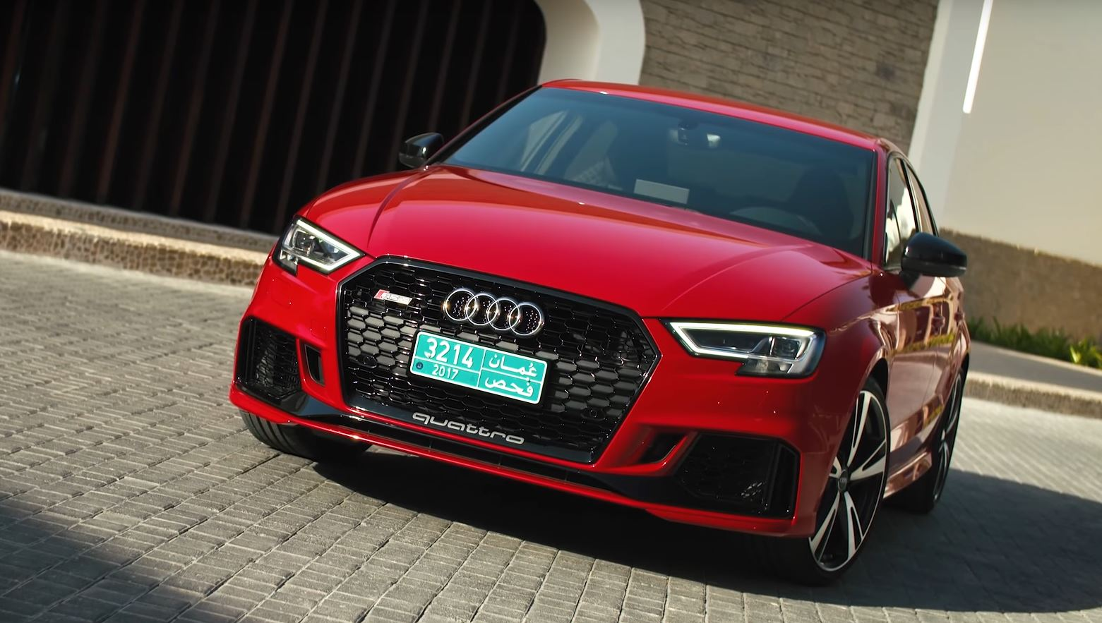 2018 audi rs3 sedan is a 2 5l turbo practical rocket says. Black Bedroom Furniture Sets. Home Design Ideas