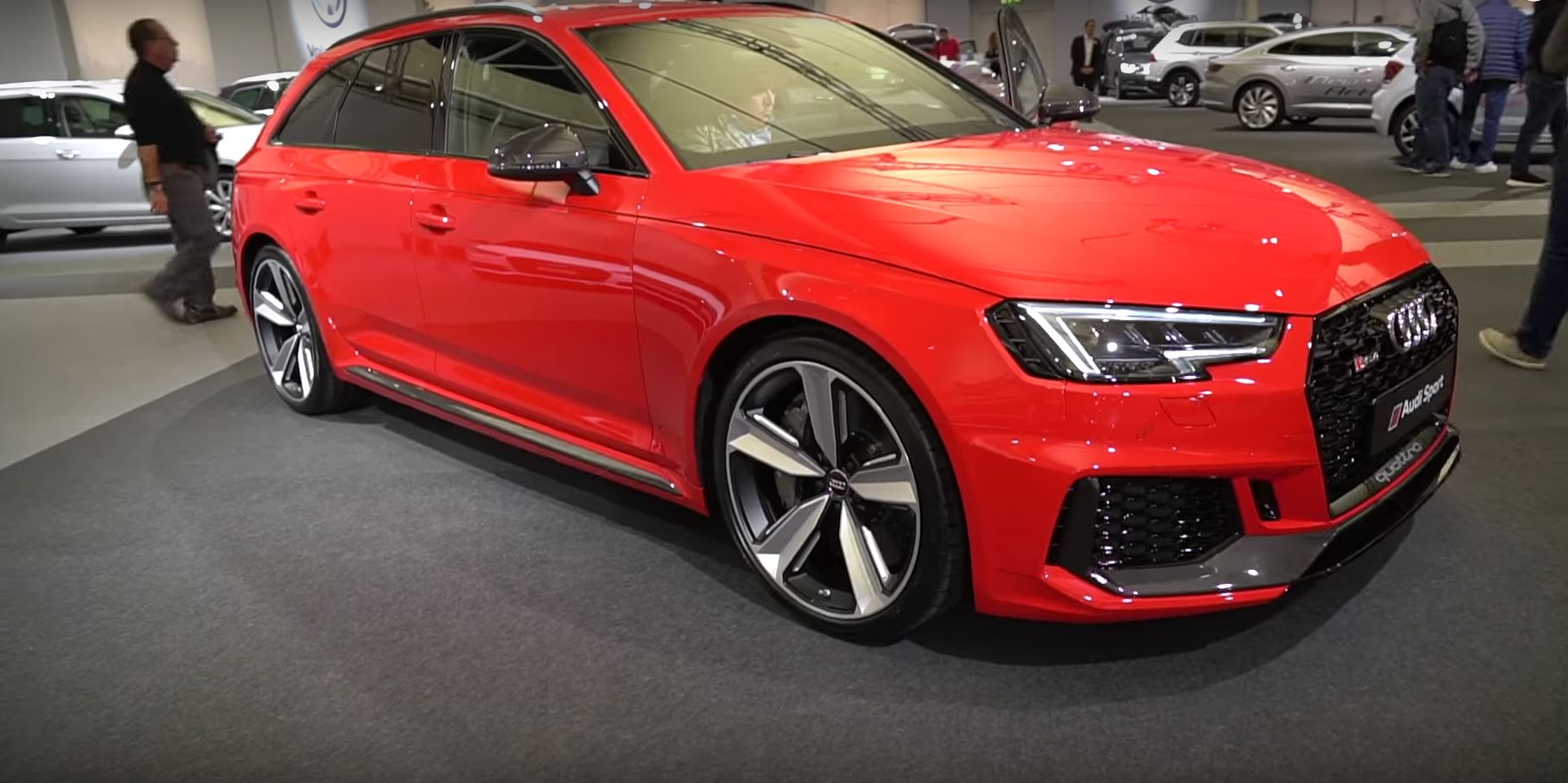 2018 Audi Rs4 Avant Carbon Edition Looks Good In Red Autoevolution