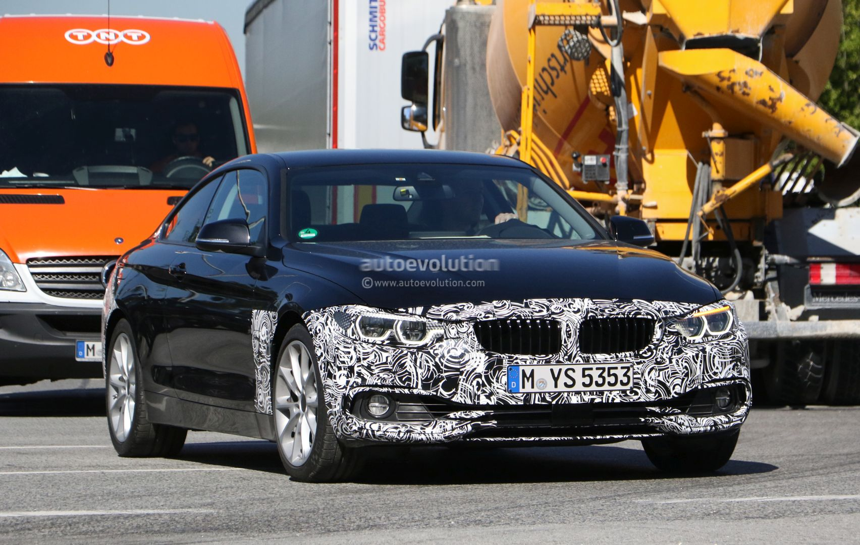 2018 Bmw 4 Series Coupe Facelift Lci Shows Its All Led