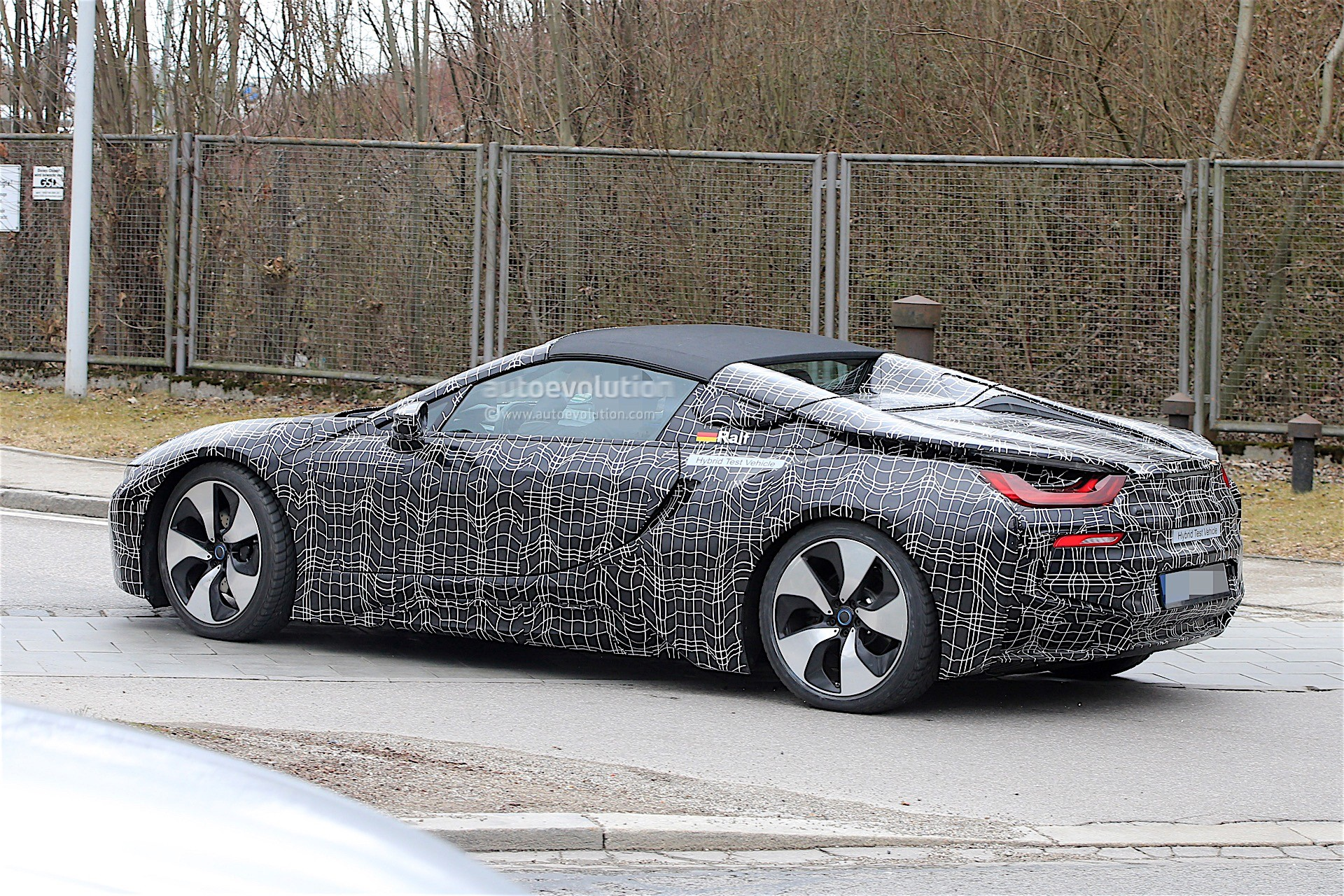 2018 BMW i8 Facelift Gets Ever Nearer To Production - autoevolution