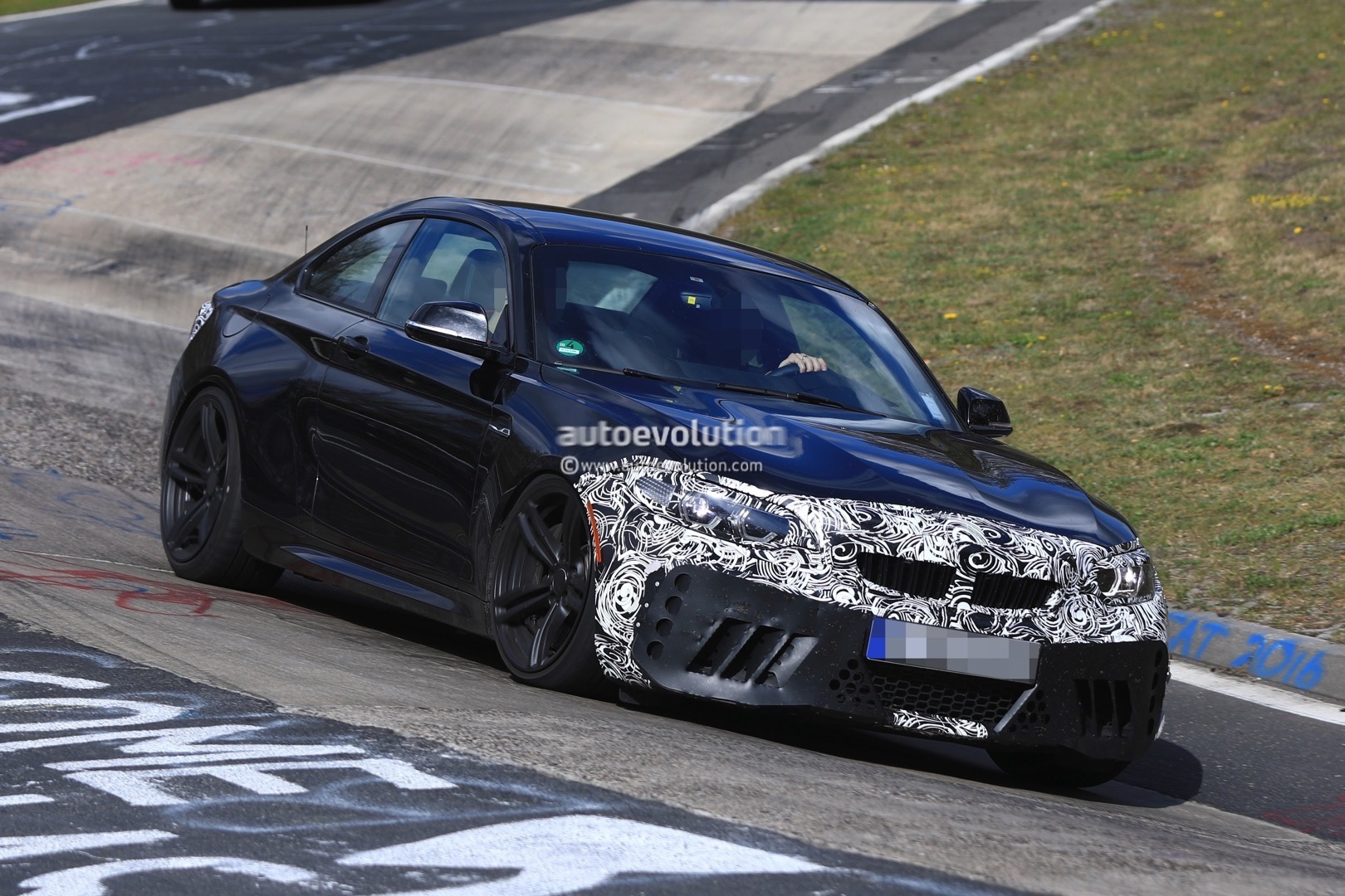 2018 bmw m2 lci f87 spied looking committed on the green hell autoevolution. Black Bedroom Furniture Sets. Home Design Ideas