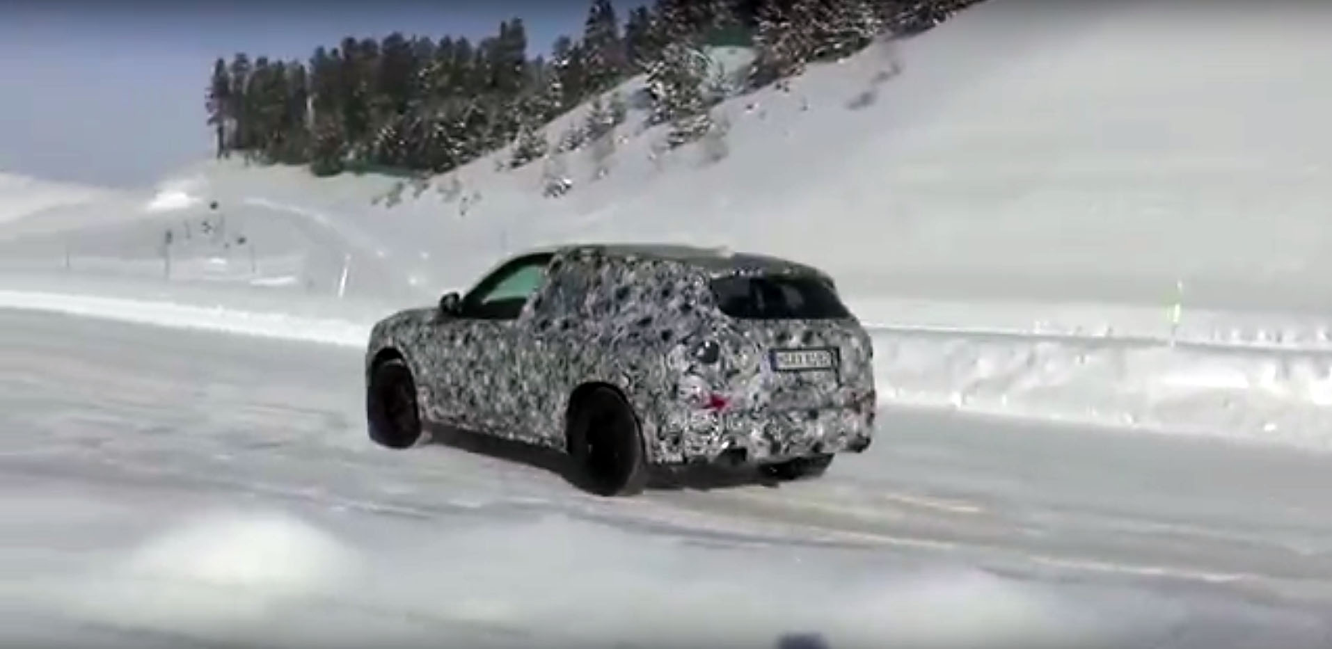2018 Bmw X3 Drifts A Little In The Snow Looks More Of An
