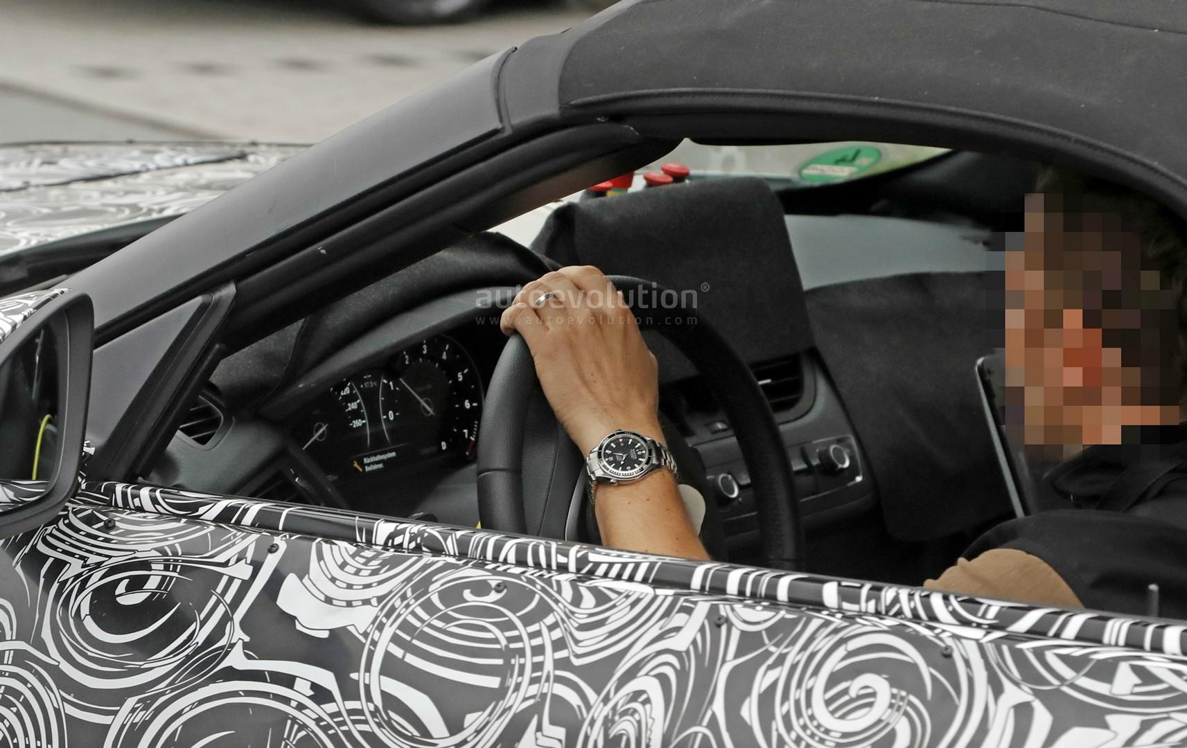2018 Bmw Z5 Partially Reveals Interior During Nurburgring