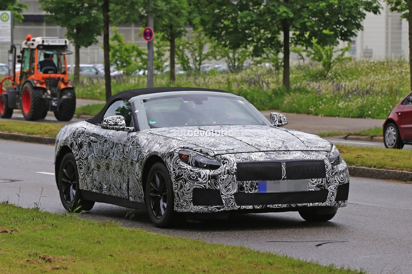 2018 bmw z5 spied in munich 2016 bmw z4 reportedly out of. Black Bedroom Furniture Sets. Home Design Ideas