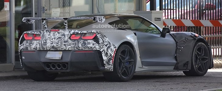 2018 chevrolet corvette zr1.  chevrolet 2018 chevrolet corvette zr1 spied up close at gm milford proving ground   autoevolution and chevrolet corvette zr1