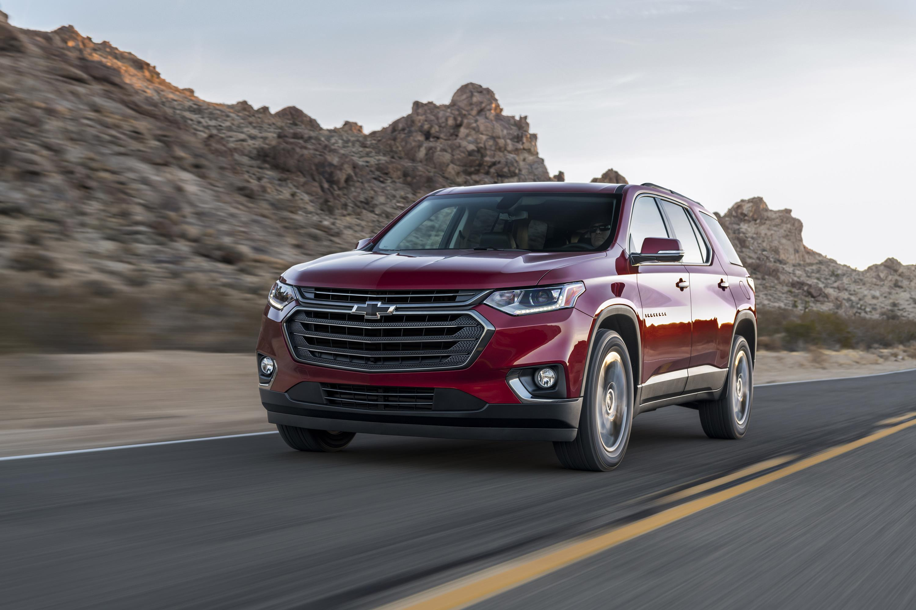 2018 chevrolet traverse rs debuts with 2 0l turbo autoevolution. Black Bedroom Furniture Sets. Home Design Ideas