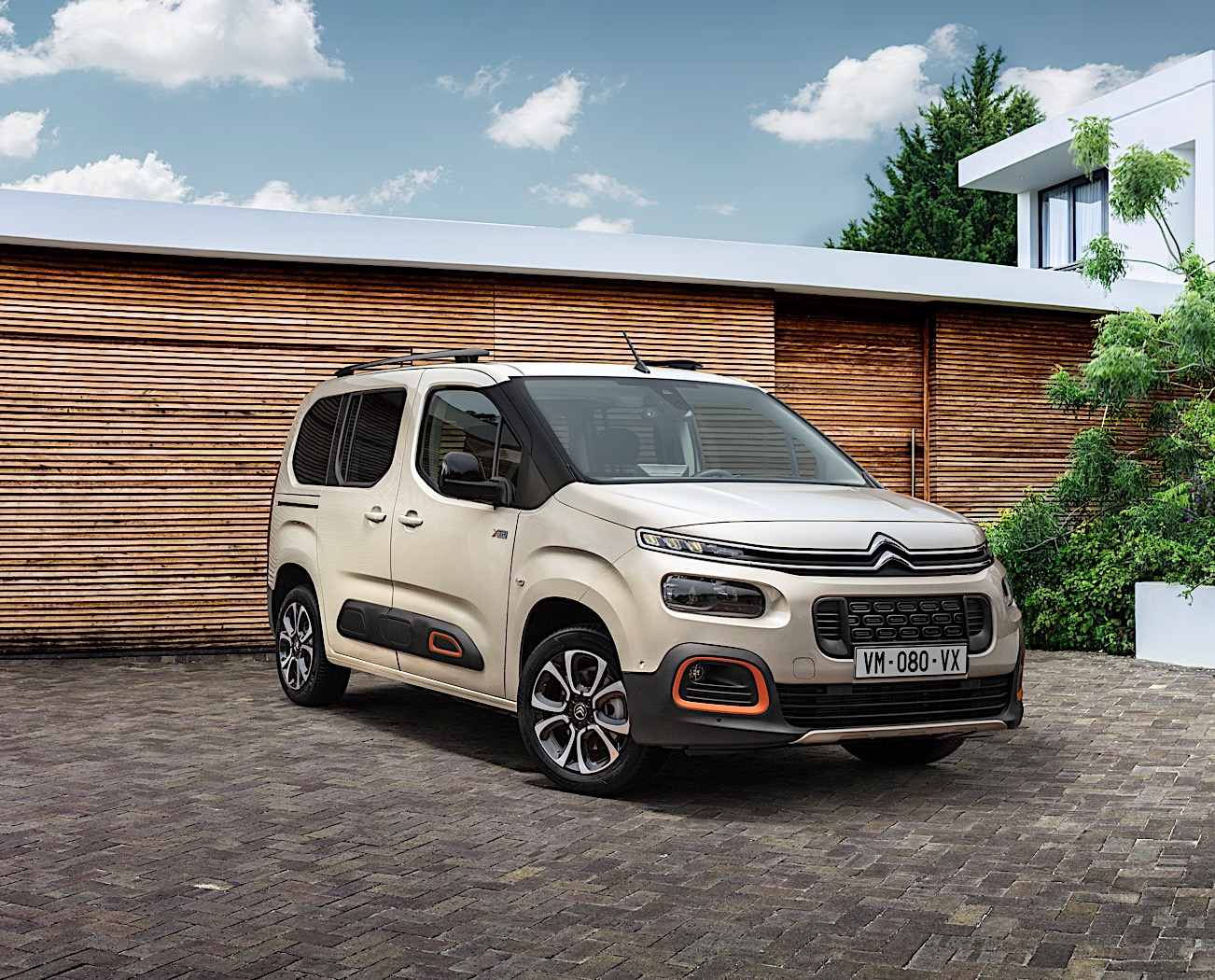 Citroen Berlingo Multispace Unveiled, Gets Major Tech Updates