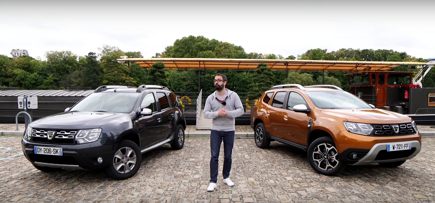 2018 dacia duster faces its predecessor in first review autoevolution. Black Bedroom Furniture Sets. Home Design Ideas